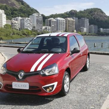 Novo Clio oferece design mais moderno e melhor consumo