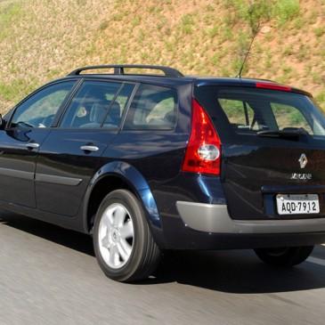 Renault convoca proprietários do Grand Tour