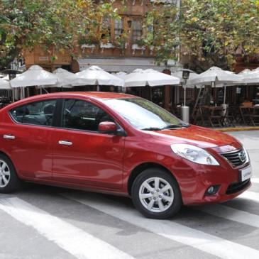 Nissan confirma produção do sedã compacto Versa no Brasil