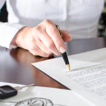6 pontos importantes no contrato de compra e venda de veículos