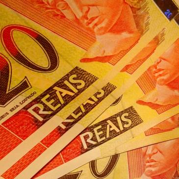 Atividade econômica cresce e taxa Selic pode ter mais três elevações até o final do ano