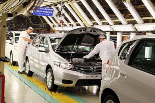 Honda bate recorde histórico de vendas no primeiro semestre de 2013