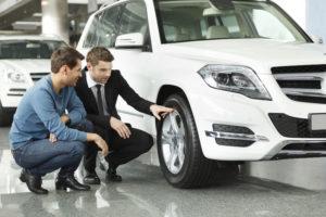 5-erros-que-os-vendedores-da-sua-loja-de-carros-NAO-devem-cometer2