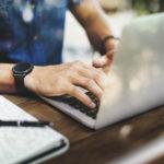 Vitrine digital: 5 benefícios de ter uma loja de veículos 100% digital
