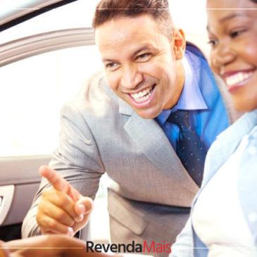 Como ser um bom vendedor de carros: veja 5 dicas incríveis de crescimento e aperfeiçoamento