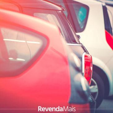 Qual é a melhor hora para repor o estoque da loja de veículos?