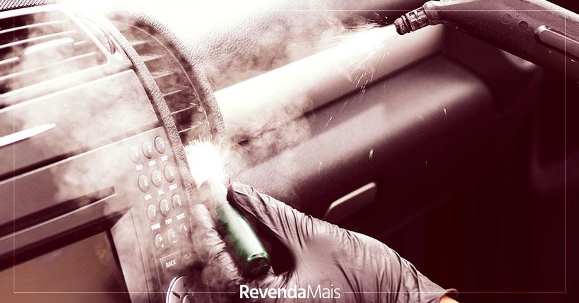 Higienização de carros contra o coronavírus